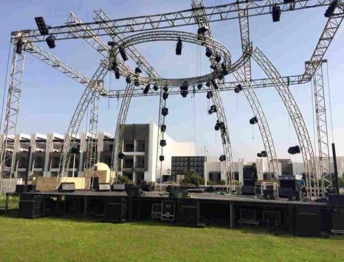 Installation de scène, structure pour évènement à Marrakech